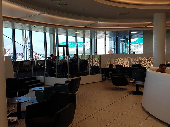 Heidi checks out Dublin Airport/US Border and Immigration control with Aer Lingus and Radisson Blu Hotels.